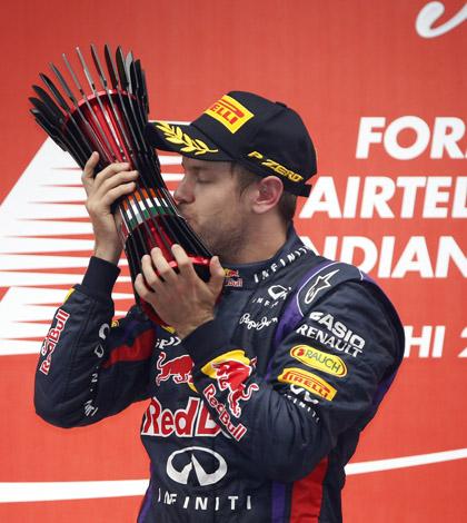 Sebastian Vettel wins 2013 F1 championship