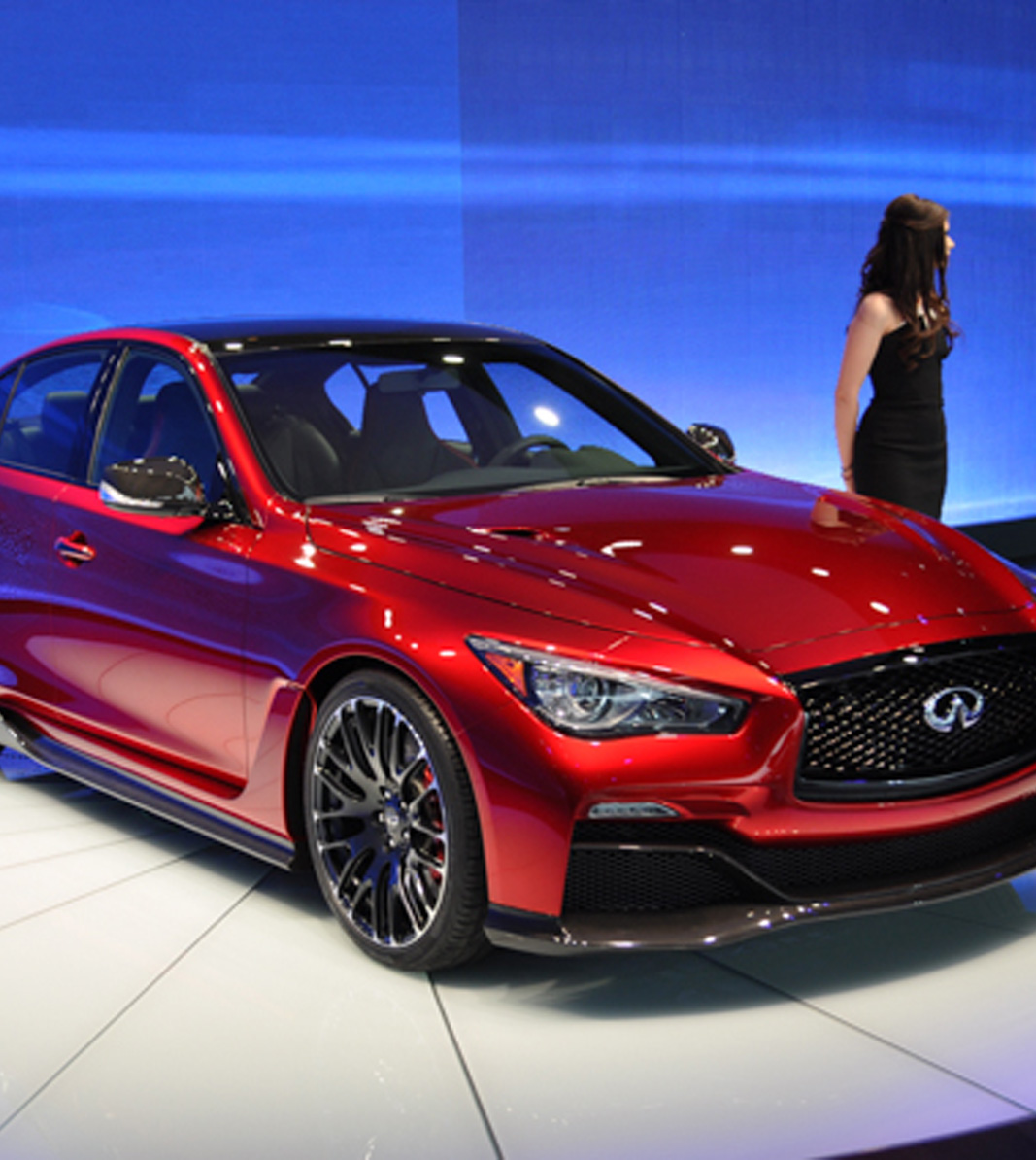 Infiniti Q50 Eau Rouge hints at more performance